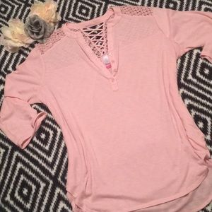 Tops - Pastel pink high low top